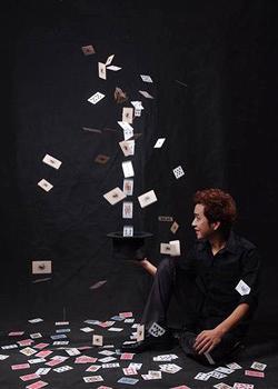 刘谦扑克牌魔术揭秘_YIF魔幻手背变牌纸牌魔术揭秘表演视频 _网络排行榜
